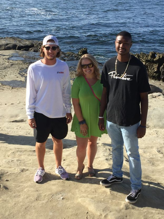 Cole Escher of Green Cove Springs, Fla., Kristen Davis of West Green, Ga. and Ernest Wesley of Fitzgerald, Ga., enjoy their first day in California by visiting the Pacific Ocean at La Jolla Cove.