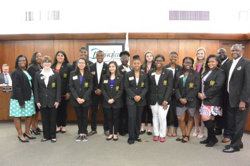 First row (left-right) Avery Hurst,( Jr. Finance Officer) Ana Escobar, (Jr. City Manager) Daisey Surrency, (Jr. Public Information Officer) Journee Wilkerson (Jr. Public Information Officer), Ashunti Glover,(Jr. Commissioner Ward 3) Liyah Carswell, (Jr. Commissioner Ward 2) Zaylon Bivens, (Jr. Commissioner Ward 1); Second row (right-left) Dinitra Williams Mayor's Youth Council Volunteer Liaison, Savannah Cothern, (Jr. Commissioner Ward 6), Asia Denning, (Jr. Mayor), Irian Tatum, (Jr. City Attorney), Teairra Thrower (Jr. City Clerk), Samantha Martin, (Jr. Commissioner Ward 5), Ziannia Odom,(Jr. Commissioner Ward 4), Alexis Davis, (Jr. City Attorney/ Jr. Finance Officer),  Mayor Pro Tem Kentaiwon Durham, Mayor Tony Paulk