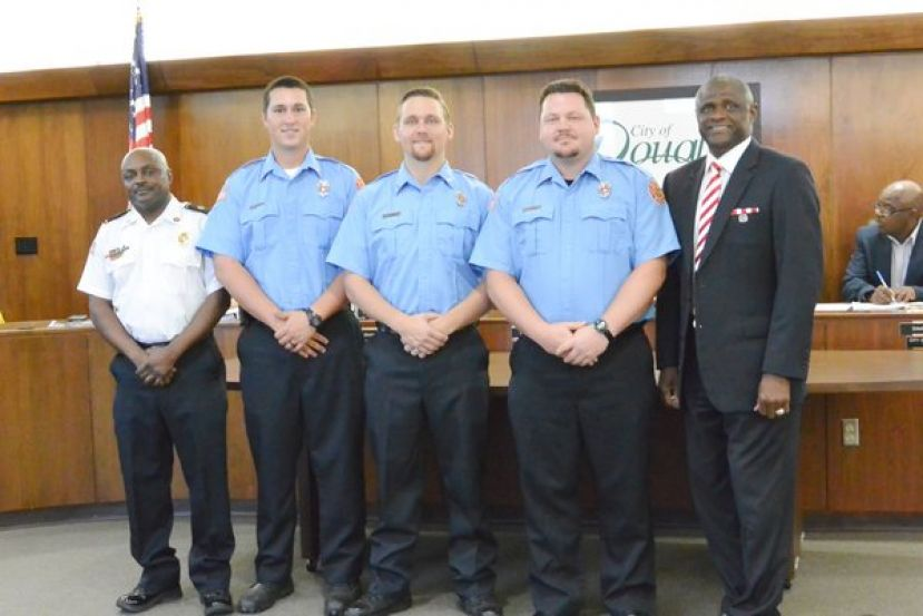 At the regular City Commission meeting on Thursday, September 14, 2017, Mayor Paulk recognized firemen who were recently Firefighter 1 certified by the Georgia Public Safety Center's Fire Academy. L-R: Fire Chief Larry Wilson,  Firefighter Joshua Carver, Firefighter Tyler Baars, Firefighter John Brown, and Mayor Tony Paulk.