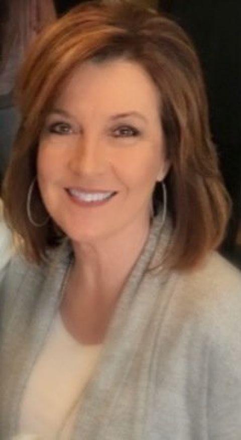 Elisa Gillis to run for Clerk of Superior Court