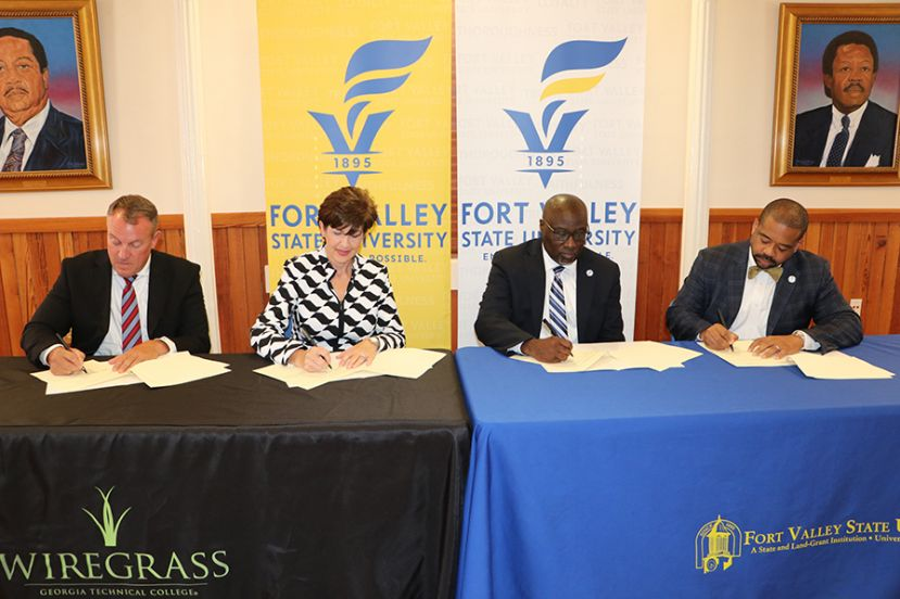 Wiregrass and Fort Valley State University sign articulation agreement