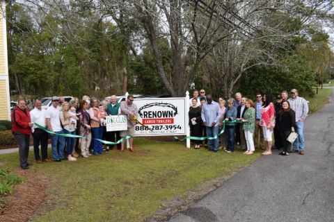 Renown Cargo holds ribbon cutting