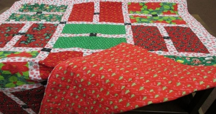 Christmas quilt raffle being held to benefit freshman campus