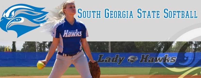 SGSC Head Softball coach offers softball camps this fall