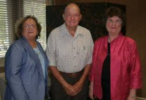 Maudine Wright (left), pictured here with the late Buck Morris (center) and SGSC president Dr. Virginia Carson (right) at the 2009 ceremony announcing her endowment of a scholarship in Mr. Morris's honor, will be named 2015 Alumni of the Year at the SGSC President's Gala next week.