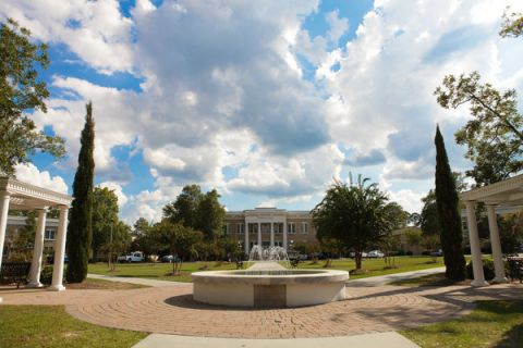 South Georgia State College Foundation scholarship accepting applications
