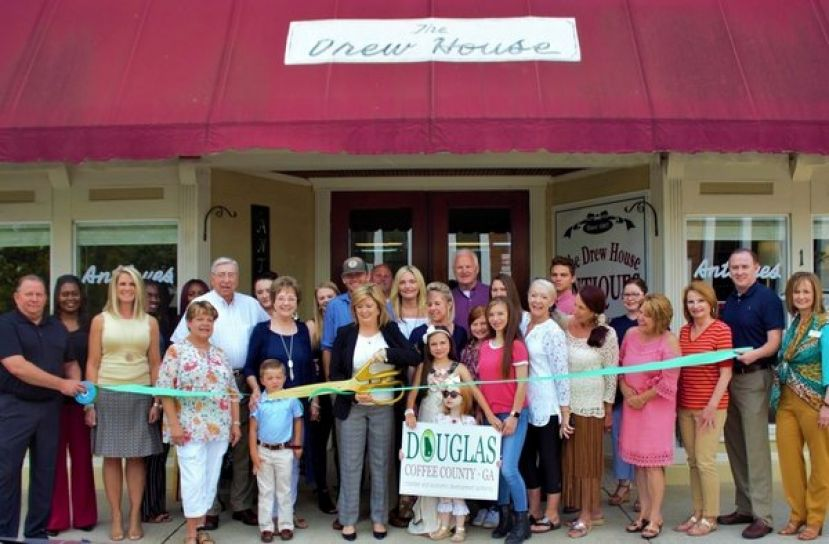 The Drew House holds ribbon cutting for new ownership