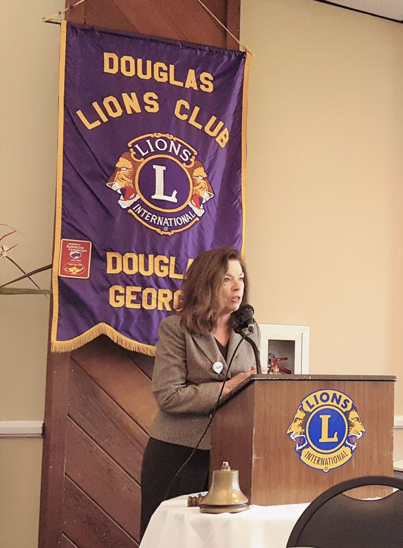 Vicki Lewis speaks to Lions Club