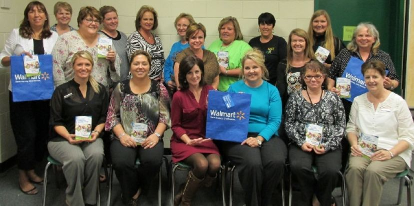 Wal-Mart surprises, rewards West Green teachers