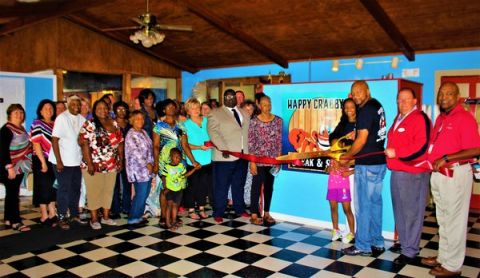 Happy Crabby Steak & Seafood opens new restaurant with ribbon cutting