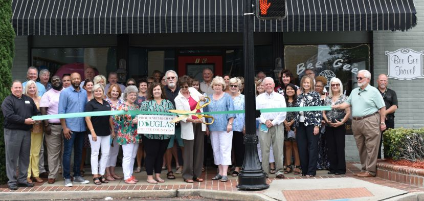 Bee Gee Travel under new ownership, holds ribbon cutting
