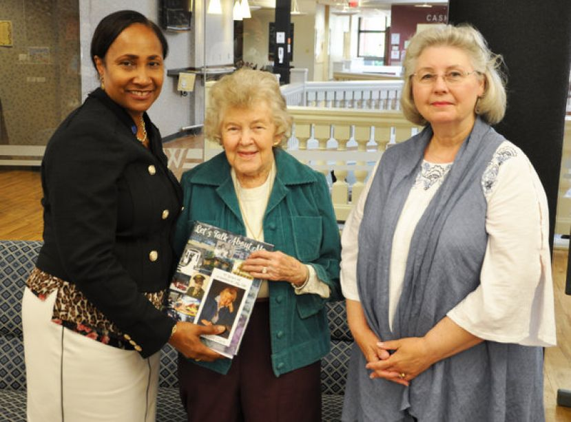 (L-R) SGSC President Dr. Ingrid Thompson-Sellers, Susan Lott Clark, and SGSC Director of Libraries Jacqueline Vickers