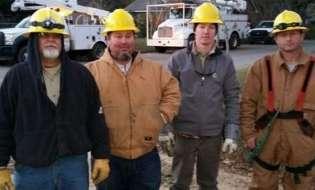 Douglas Utilities linemen help restore power in Albany