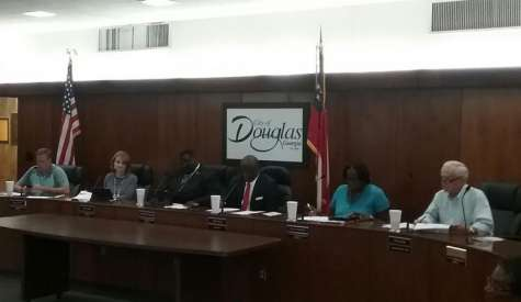City discusses pimping ordinance, also plans to enforce curfew for minors