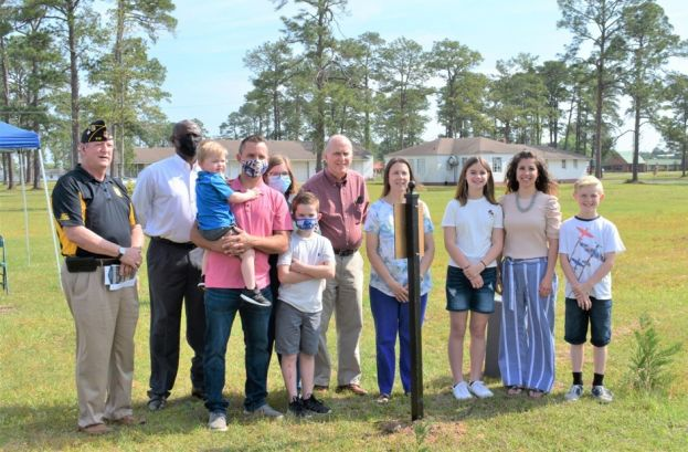 Pictured (L-R): Dr. Carl McDonald (Air Base Committee Chairman), Mayor Tony Paulk, Kenneth Hayes, Skylar Hayes, Zander Hayes, Sarah Hayes, Charles Watson, Shari Watson, Addison McDonald, Heather McDonald, and Lucas McDonald.
