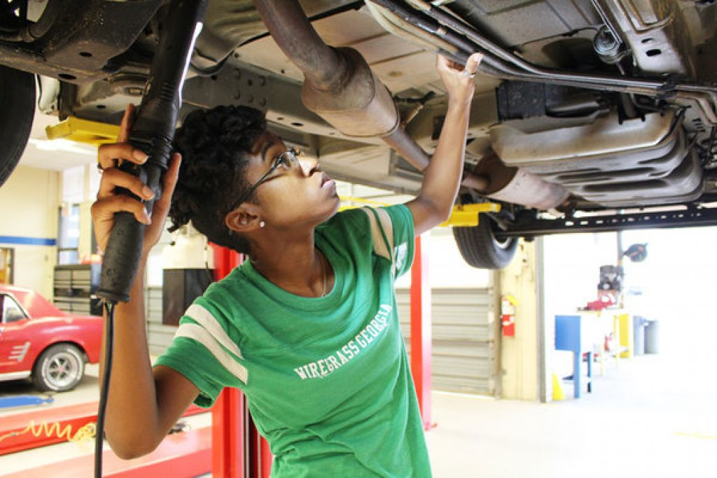 Wiregrass partners with local businesses for apprenticeship