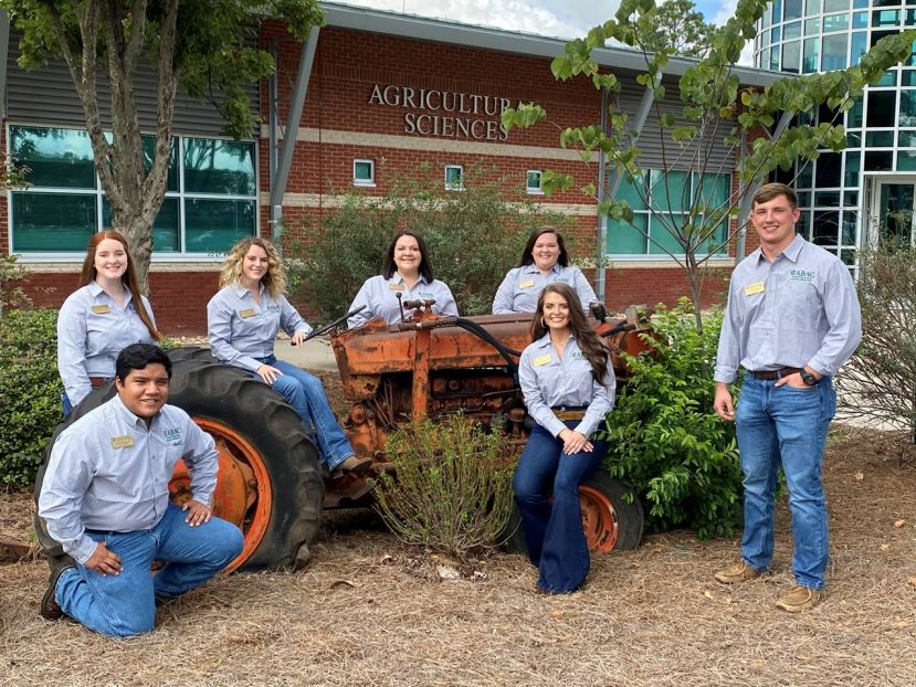 New SANR Leaders include front row (l-r): Youry Gonzalez, Meredith McGlamory, and Cole Patterson; back row (l-r): Brittany Braddy, Katibeth Mims, Chrys Kirby, and Jamya Barnett.